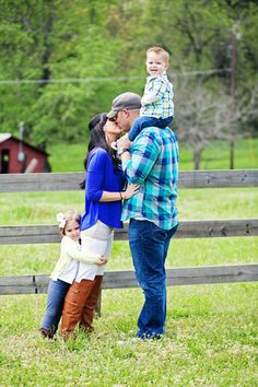 Country Family Session  www.ribbonsandpearlsphotography.com