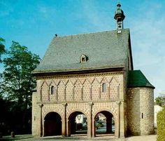 Lorsch: la porte triomphale de l'entrée de l'abbaye