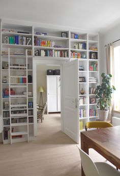 plants on each side of the bookcase would work nicely Diy Interior Design Living Room, Home Library Design, Room Interior, House Design, Ikea Farmhouse Sink, Home Libraries, My New Room, Home And Living, Living Spaces