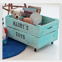 DIY Toy Box. Perfect.   Visit & Like our Facebook page! https://www.facebook.com/pages/Rustic-Farmhouse-Decor/636679889706127
