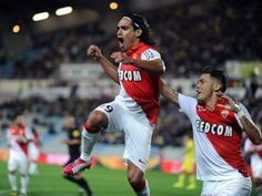 Manchester United sign Colombia international striker Radamel Falcao on loan from Ligue 1 side Monaco. Football Match, Football Soccer, Fc Nantes, Manchester United Fans, As Monaco, World Of Sports, Liverpool Fc, Thank God, Sports News