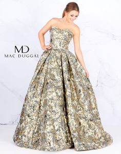 Apr 2020 - Metallic floral print ball gown, with strapless sweetheart neckline, and pleated skirt. Color: Black Gold Style: Ball Gown, Print Length: Long Sleeve Length: Sleeveless Neckline: Strapless Closure: Back Zipper Dresses For Teens Dance, Formal Dresses For Men, Girls Dresses, Pretty Prom Dresses, Nice Dresses, Silver Gown, Ball Gowns Prom, Beautiful Gowns, Strapless Dress Formal