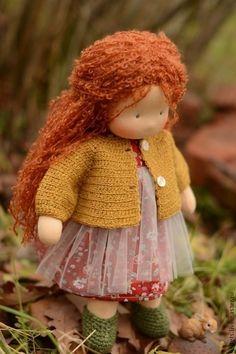Waldorf doll by Kalina Erofeeva. Knitted Dolls, Crochet Dolls, Sock Dolls, Baby Hats Knitting, Sewing Dolls, Child Doll, Waldorf Dolls, Doll Hair, Diy Doll