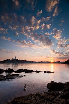 Rovinj bij zonsopgang, photo by Laura Vink.