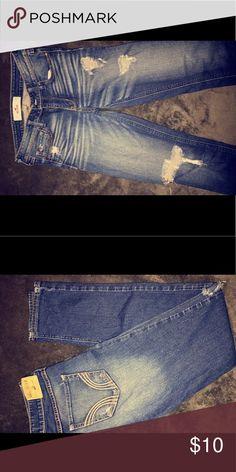 Hollister Skinny Jeans Dark Denim, Ripped Skinny Jeans, Size 3! Hollister Jeans Skinny