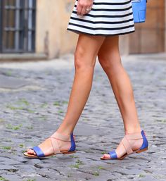 cute striped dresses for summer; zara striped dress; jcrew striped dress; splendid sandlas; cute flat sandals for summer
