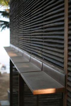 Wall and kitchen bench/bar