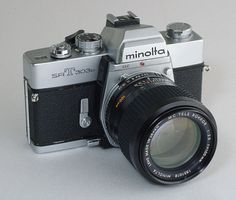 I miss my Minolta SLR School Photography, Photography Camera, Glamour Photography, Antique Cameras, Vintage Cameras, Film Camera, Camera Lens, Photo Lens, Classic Camera