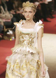 vlada roslyakova christian lacroix haute couture spring/summer 2006