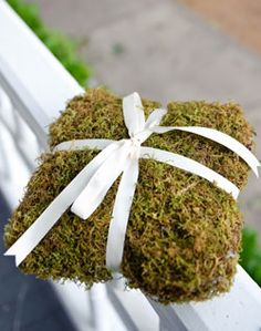 Moss Ring-bearer pillow! Awesome!