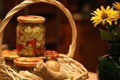 Sałatka z warzyw  w słoiczkach