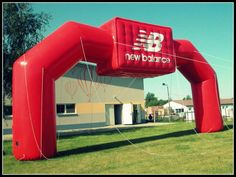Inflatable gate, New Balance