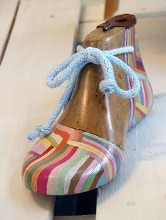 xanthippe's tsalimi arts & crafts: decoration, painted shoe form.