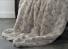 CARMA Plaid Webpelz Lamm Kitt Shops, Blanket, Design, Fluffy Rug, Lamb, Home Accessories, Tents, Blankets, Shag Rug