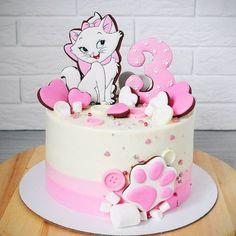 Risultati immagini per fondant cat Fondant Cat, Kitten Cake, Birthday Cake For Cat, Hello Kitty Cake, Disney Cakes, Girl Cakes, Cute Cakes, Cake Art, Cupcake Cakes