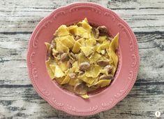 Maltagliati+con+crema+di+Robiola+e+funghi+champignon