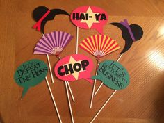 Mulan Photo Booth Props by BellissimaParty on Etsy