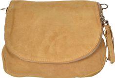 Menší model kabelky na nosenie cez rameno. Kabelka je vyrobená z pravej brúsenej kože. Saddle Bags, Modeling, Shopping, Fashion, Moda, Modeling Photography, Fashion Styles, Models, Fashion Illustrations
