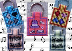 Keychains 'Several images-2' on plastic canvas. Every little pattern you can use for this. Made by Marian.