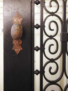 Great antique door knob.