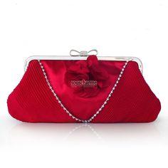 Pochette soirée rouge en satin rehaussé de fleur et plussage pochette portefeuille femme pas cher