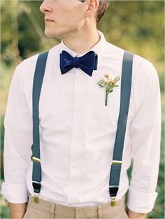 Wedding Styles Velvet bow tie and suspenders. Awesome groomsman style - Elegant Vintage September Wedding photographed by Bryce Covey photography. Wedding Groom, Wedding Men, Wedding Suits, Boho Wedding, Wedding Vintage, Mens Casual Wedding Attire, Wedding Ideas, Vintage Style, Tweed Wedding