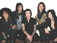 Halp..dying of cuteness.Andrew Dennis Biersack,would you stop making me have a mental orgasm?