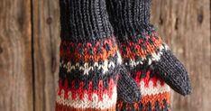Helpot kirjoneulelapaset sopivat aloittelijankin puikoille, koska lankajuoksut ovat lyhyet. Paksulla langalla on nopea neuloa. Drops Design, Knitted Hats, Knitting, Accessories, Fashion, Moda, Tricot, Fashion Styles, Breien