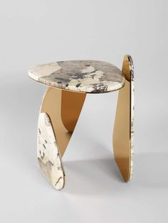By much acclaimed design duo Studio MVW, 'JinYe' literally means Gold (Jin) Leaf (Ye) in Chinese, an appropriate name for a collection based on the dialogue between a brass-colored leaf with a subtile pink gold shade and the shimmering richness of Table Furniture, Cool Furniture, Furniture Design, Plywood Furniture, Furniture Ads, Luxury Furniture, Contemporary Furniture, Futuristic Furniture, Furniture Removal