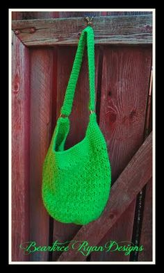 This is the perfect crochet purse & tutorial is super easy to follow! Amazing Grace Tote ~ Free Crochet Pattern