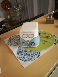 Hippie-Bus Torte
