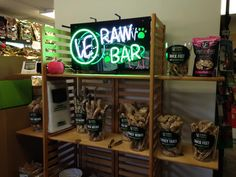 Four Legs Pets in Algonquin, IL. VE RAW BAR by Vital Essentials