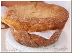 Pão de Ló da Avó Amélia - http://www.sobremesasdeportugal.pt/pao-de-lo-da-avo-amelia/