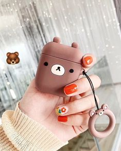 The cutest airpod case to keep your AirPods cozy and safe with a matching finger ring for extra safety! ‼️𝐅𝐑𝐄𝐄 𝐔. Airpods Apple, Earphone Case, Air Pods, Airpod Case, Cute Cases, Crochet Patterns For Beginners, Apple Products, Craft Stick Crafts, Cute Gifts