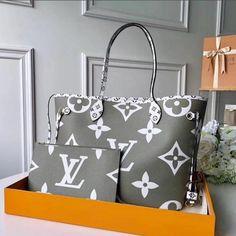 Louis vuitton handbags – High Fashion For Women Handbags Online, Chanel Handbags, Purses And Handbags, Chanel Tote, Burberry Handbags, Luxury Purses, Luxury Bags, Vuitton Bag, Louis Vuitton Handbags
