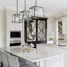 Stopppp it right now!! How stunning is this kitchen! All white is always a great idea! So so refreshing and soothing! I need this in my life. #homedecor #homeremodel #interiordesign #kitchenremodel #dreamhome #pinterest #Padgram