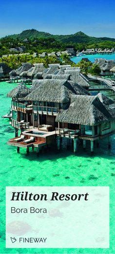 Dieses Traum-Resort befindet sich auf der Insel Bora Bora in Französisch-Polinesien. Im Fokus des Luxus Resorts steht vor allem Ruhe und Erholung vom Alltagsstress. #fineway #luxus #reisen #borabora #hilton #sonne #strand #meer