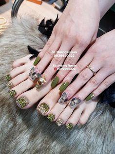 Acrylic Toe Nails, Coffen Nails, Gem Nails, Pedicure Nails, Toe Nail Art, Swag Nails, Bridal Nails Designs, Fancy Nails Designs, Wedding Nails Design