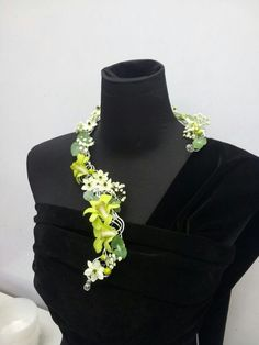 Все о фоамиране. Prom Flowers, Bridal Flowers, Flower Show, Flower Art, Collier Floral, Corsage And Boutonniere, Boutonnieres, Body Adornment, Floral Necklace