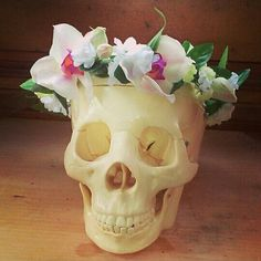 Purchase this orchids flower crown at my Etsy shop!  https://www.etsy.com/shop/TreeAndPebble