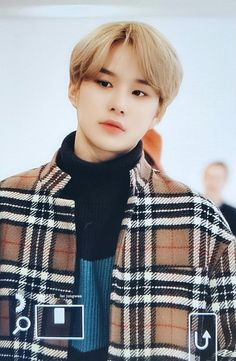 NCT otherwise known as NCTINFO, a site providing the latest in news, media, translations, fantaken images and everything regarding S. Dream Song, Kim Jung Woo, Boy Idols, Jung Jaehyun, Brown Aesthetic, Korean Bands, Family Album, My Little Baby, Taeyong