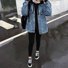 Casual Hijab Outfit, Edgy Outfits, Winter Fashion Outfits, Retro Outfits, Mode Outfits, Cute Casual Outfits, Hijab Dress, Dress Skirt, Street Hijab Fashion
