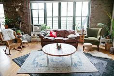 "This Start-Up Is Made For Space-Conscious City Girls #refinery29  http://www.refinery29.com/move-loot-furniture-moving-service#slide-1  ""It's like a treasure hunt every time you go to the site,"" said Jean, who purchased the green armchair, wicker rocker, wire-side table, leather couch, and blue rug seen here on Move Loot. ""You never know what kind of new pieces will have been added since you last visited. There's a total 'thrill of the hunt' happening."""