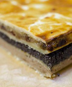 Flódni egy pohár tejjel. Reggelire. Ebédre. Vacsorára. Facebookon osztottam meg egy flódni fotót, amit egy izraeli cukrász készített és fotózott,...