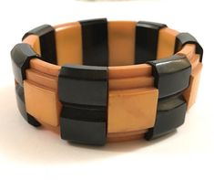 RARE VINTAGE ART DECO 1940'S TWO TONE CAST CARVED BAKELITE BRACELET BANGLE #ArtDeco
