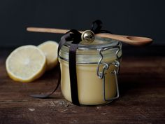 Home made lemon curd as gift All Things Christmas, Christmas Gifts, Clotted Cream, Lemon Curd, Marshmallows, Afternoon Tea, Scones, Kettle, Food And Drink