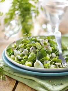 Salad with fresh beans, herbs and feta - Healthy Food Mom Lunch Recipes, Gourmet Recipes, Salad Recipes, Vegetarian Recipes, Healthy Recipes, Fresh Herbs, Food Print, Entrees, Healthy Eating