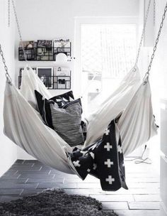 "Cozy Hammock ""Hang-Out"" Ideas for Your Indoor and Outdoor. Hammock In Bedroom, Indoor Hammock Bed, Diy Hammock, Indoor Swing, Hammock Swing, Small Room Bedroom, Bedroom Decor, Bedroom Bed, Small Rooms"