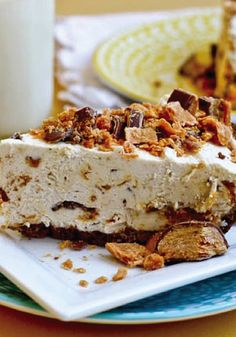 Have last minute company coming over and want to whip up a quick and delicious dessert? This no-bake recipe for Frozen Peanut Butter Butterfinger Pie is easy to make and one that your guests will love. Using chopped up pieces of BUTTERFINGER® candy bars for both the filling and topping, simply put this crispety, crunchety, peanut-buttery treat in the freezer until it is nice and firm.