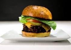 Best Burgers in US-Chicago: Custom House Tavern